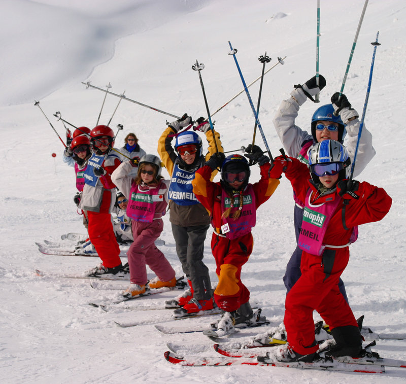 Children's ski lesson in Avoriaz, France - © Avoriaz