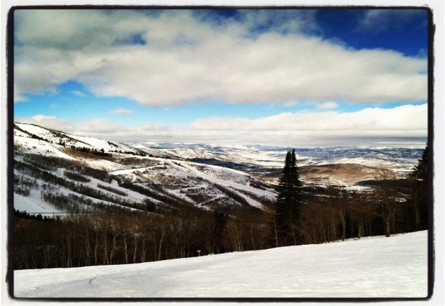 Sunny. Packed powder. Epic day!!