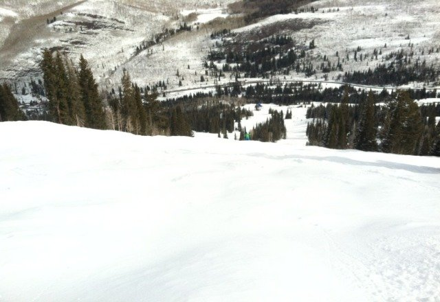 Honeycomb canyon amazing 6 inches left over from sunday storm with a fresh 2 inches on top.