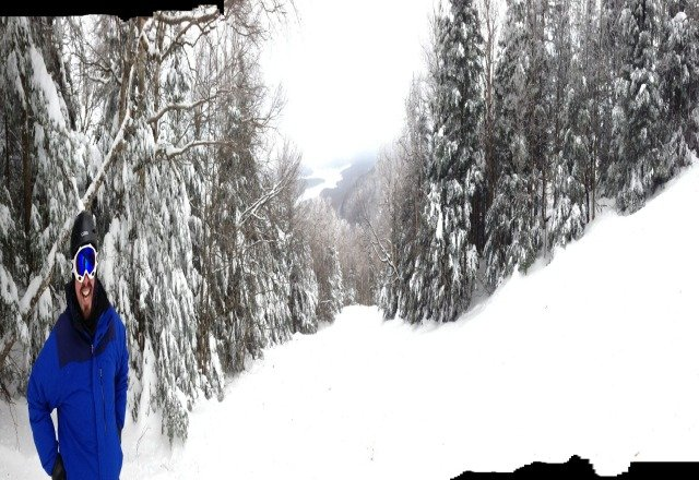 there on NYD.  great day, some stashes in the woods.  the bumps on the sides of trails in the northface were niiiice