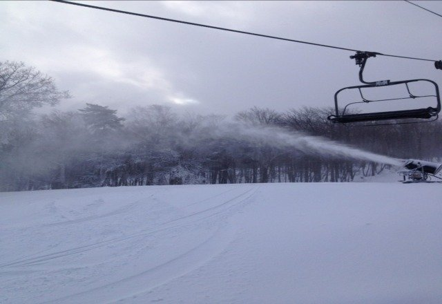 went 1/2/13. awesome for so early. was still on untouched powder on my last run