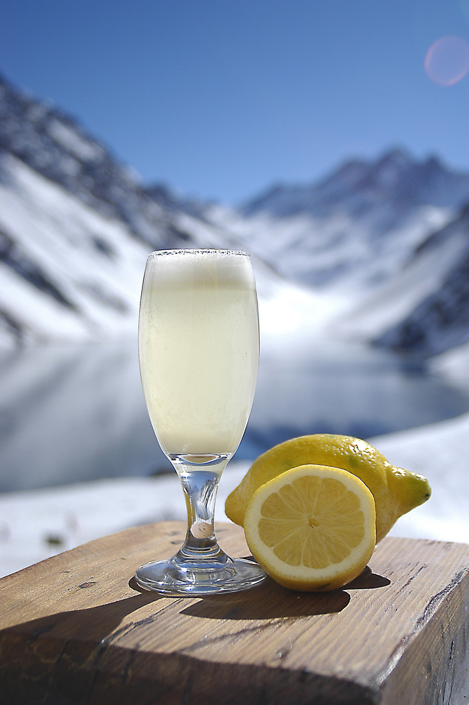 Pisco Sour - ©Photo Courtesy Ski Portillo