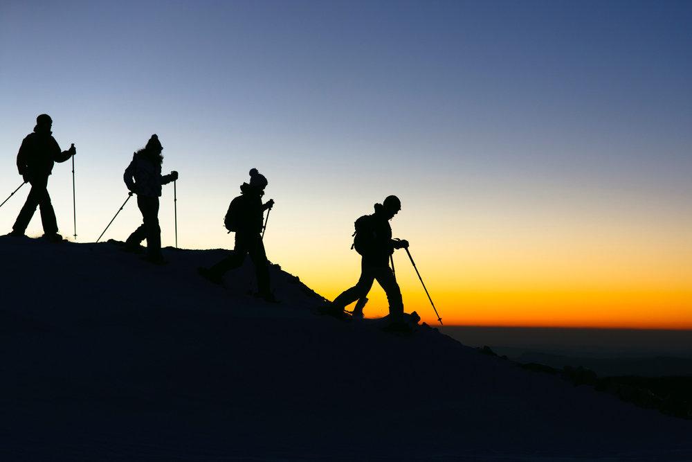Rando raquettes aux abords de la station de ski des Rousses - © Station des Rousses / S. Godin