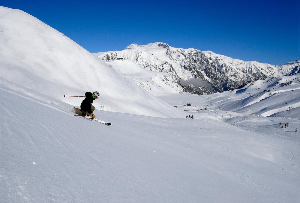 Session de télémark sur les pentes de l'Alpe du Grand Serre - © Christophe STAGNETTO