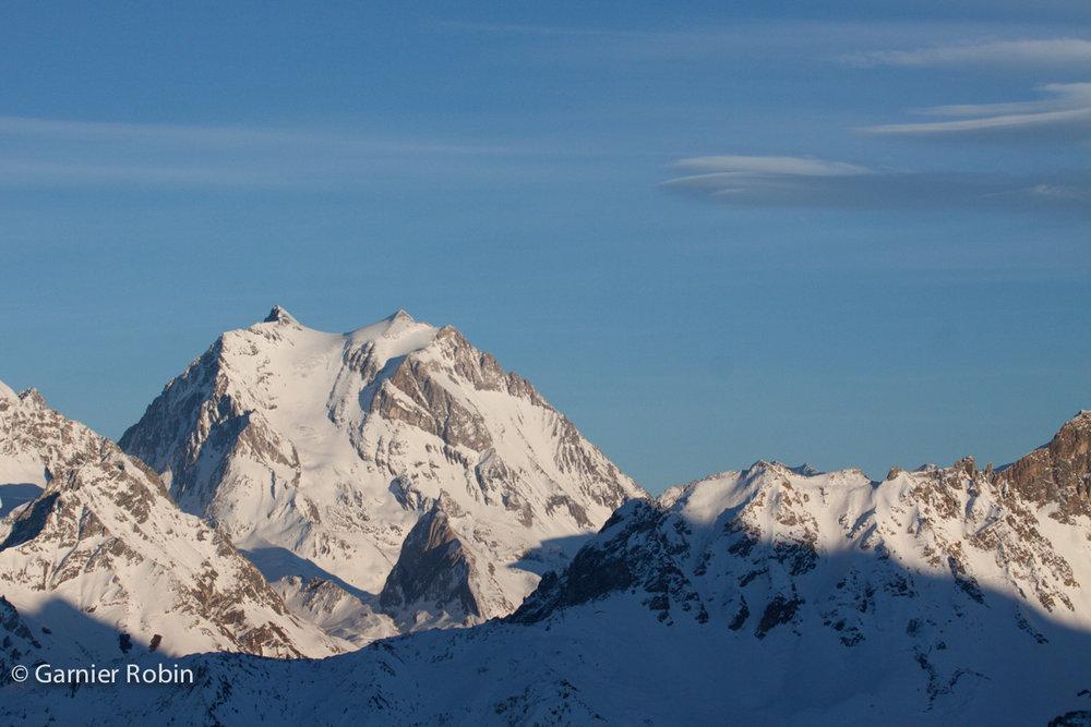Fin de journée sur la Grande Casse, vu depuis Courchevel - © Robin Garnier