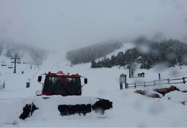Masella, Catalan Pyrennes will open earlier than forecasted!! Next nov 23rd  This was taken this morning by Nevasport