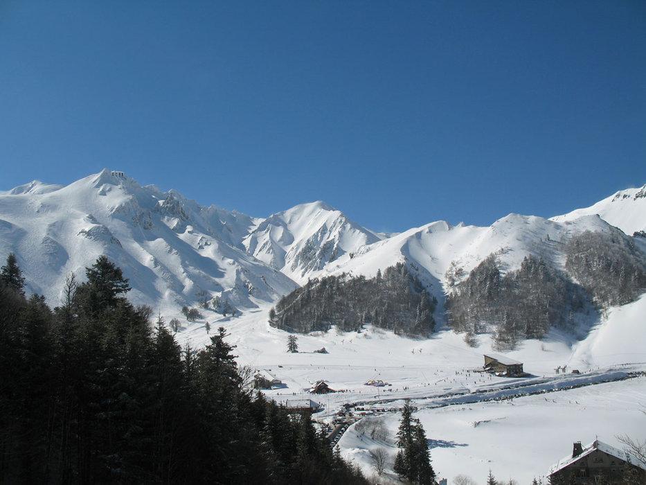 Vue générale sur la station du Mont Dore - © Office de Tourisme Massif du Sancy