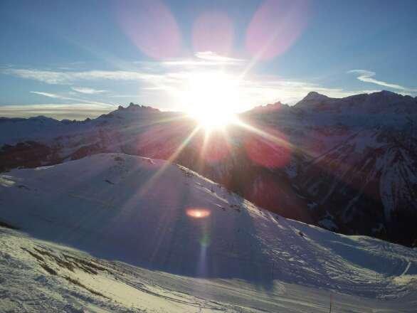 Sonnenaufgang, Bergstation Gumen