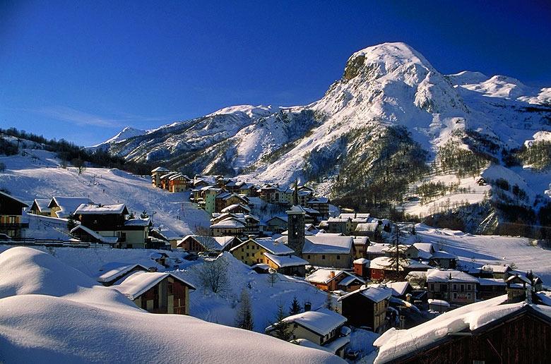 St. Martin de Belleville, FRA in winter.
