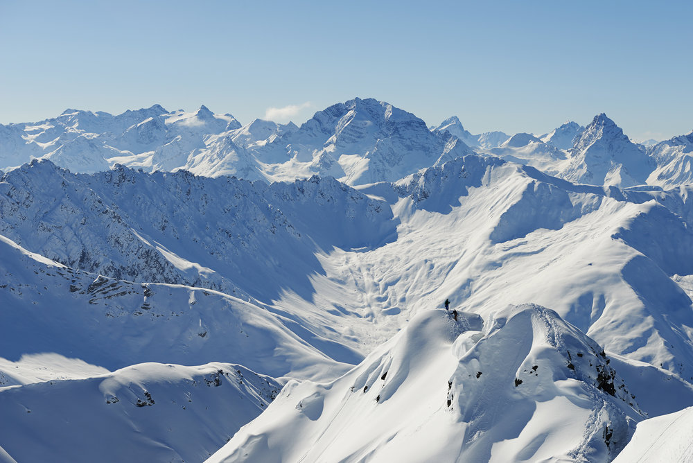 Herrlicher Bergblick über den Grat - © KlostersDavos
