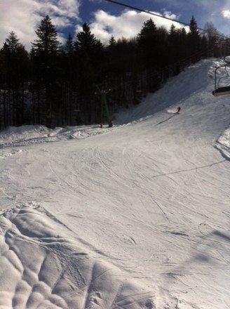 Domenica 26 gennaio bellissima giornata di sole e neve,forse un po' troppa gente!!!! Comunque bella svista