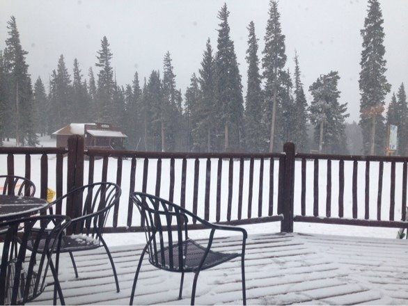 """3"""" of fresh this morning and the snow hasn't stopped. Considering Mother Nature has not been kind to NM ski resorts this year,  the crew at AF has done a great job at maintaining the mountain in tough conditions."""