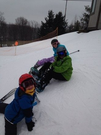Awsome snow day on wed the 5th drove up from Columbus met friends great day fresh powder even 5new inches no lines great day!!