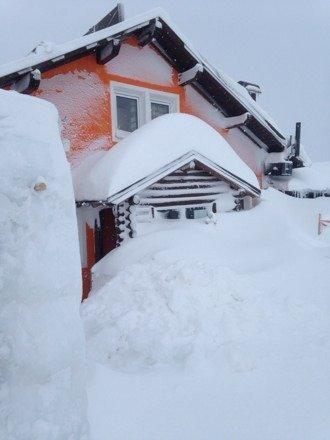 Snowed in at Refugio fredarola