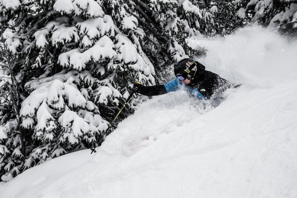 Deep powder at Lake Louise. Skier: Ben Evely - © Liam Doran