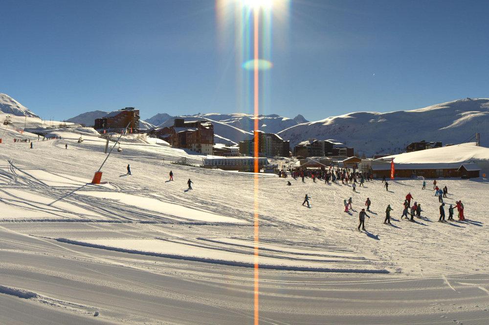 L'Alpe d'Huez Feb. 17, 2014 - © Katallys / Livecam 360