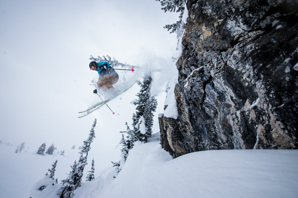 Small rocks and cliff bands can be found all over Sunshine Village for those looking for the challenge. Skier: Keegan Capel - © Liam Doran
