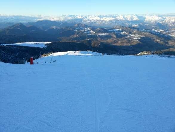 neige superbe ! un plaisir de skié sur cette poudreuse !!!