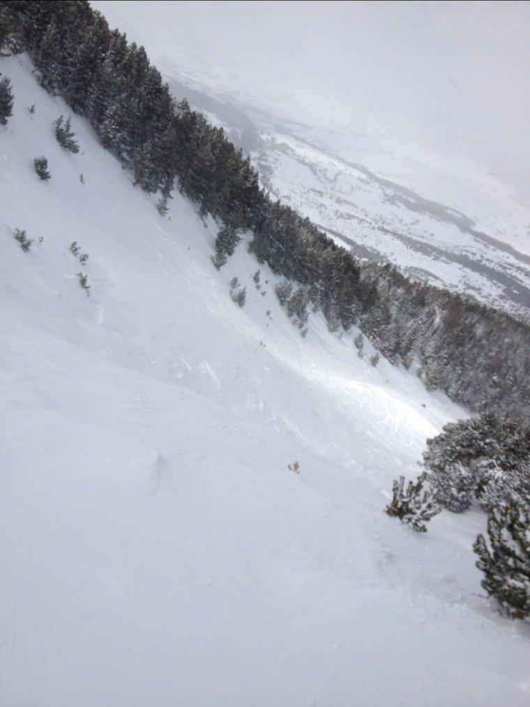 belle journée de ski avec de la poudre de partout,beaucoup moins de vent que dans le capcir,on avait même du soleil !!!!