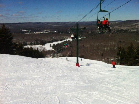 Beautiful bluebird day!  All the trails and glades were great today!  Our fave was Skyride.
