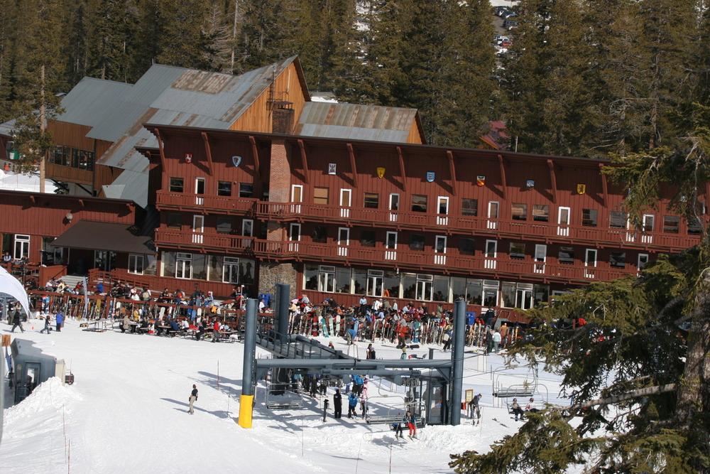 Mountain restaurant at bottom of slopes
