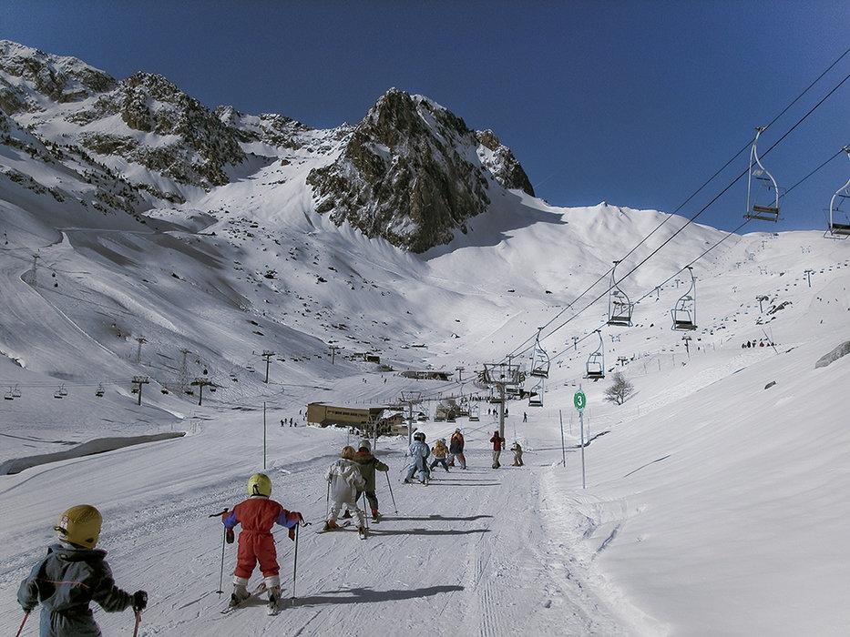 Espace enfants/débutants sur le domaine skiable de La Mongie - © Grand-Tourmalet / N'PY