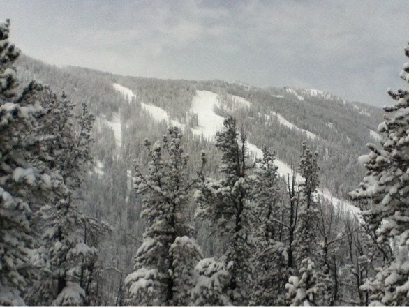 "30"" on closing day! Thanks for one hell of a season RLM, hope next year's just as good! */\^/\^/\*"
