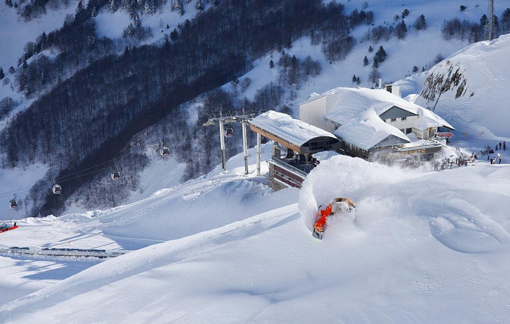 Snowboard à Cauterets - © M. Pinaud / OT de Cauterets