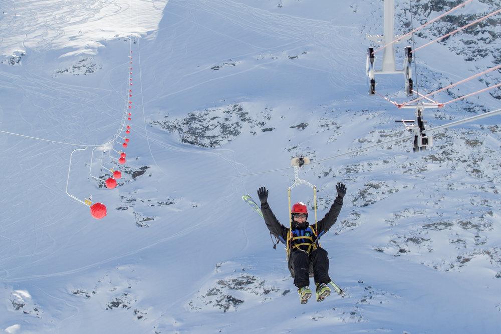 Val thorens pr sente sa mega tyrolienne la plus haute du monde - Office de tourisme val thorens ...