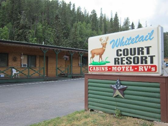 Whitetail Court Motel and Campground