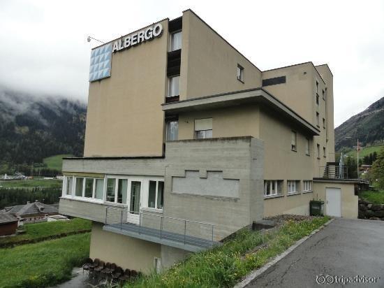 Hotel Alpina Airolo