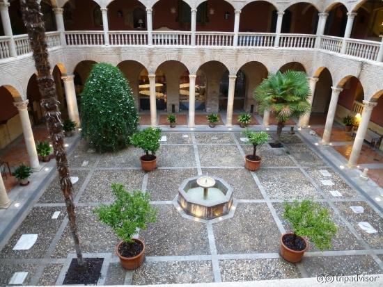 AC Palacio de Santa Paula, Autograph Collection