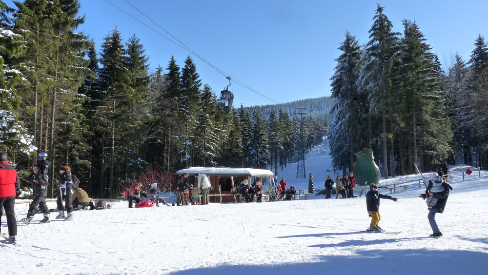 Also children can learn skiing at the BocksBerg - © Erlebnis BocksBerg