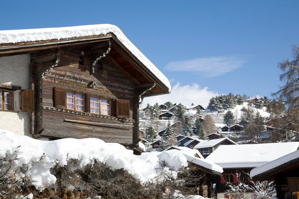 Ambiance hivernale à Vercorin dans le Val d'Anniviers - © Val d'Anniviers Valais
