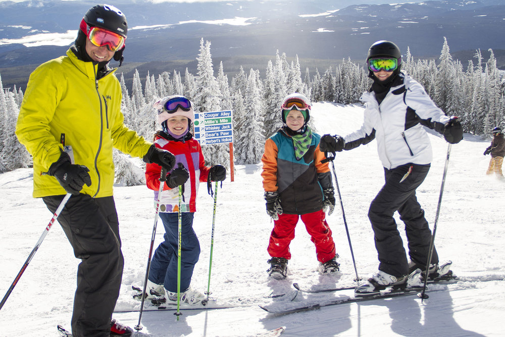 A family enjoying skiing at Big White. - © Big White Ski Resort