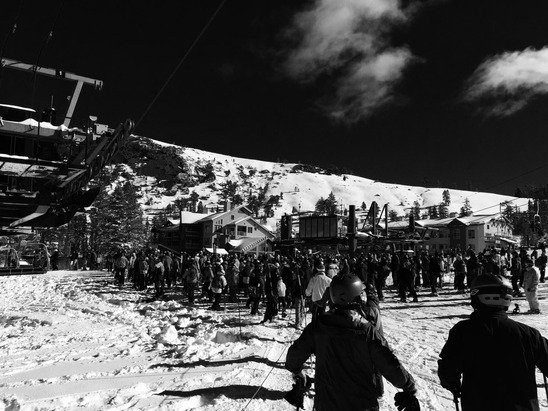 Huge lift lines today. All the Heavenly skiers came here!