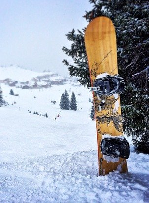 Windy and icy day on the mountain, but still better than work. Lots of new snow and it's still snowing lightly