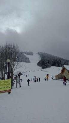 Samedi : Une bonne neige agréable pour skier et pour le snow!