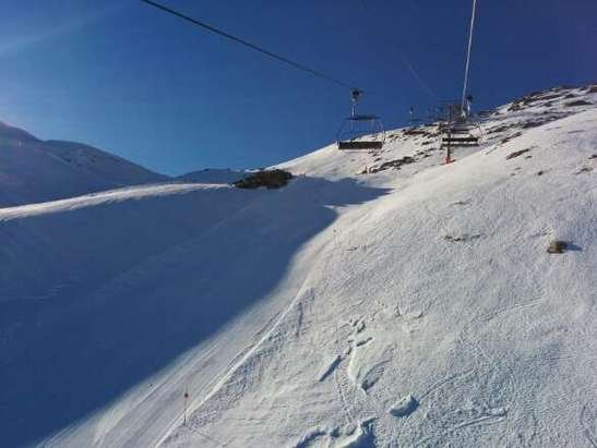 great piste skiing. non existent off piste