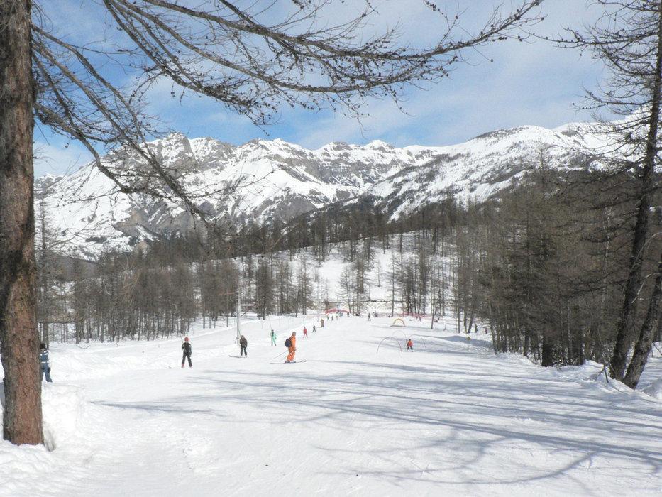 Sur les pistes de ski de Val Pelens - © Facebook St Martin d'Entraunes Val Pelens