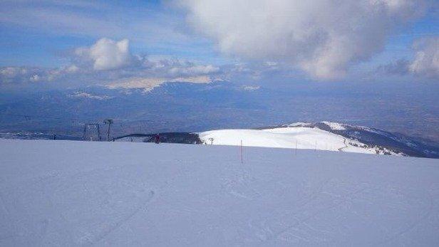 Giornata ideale per sciare, sole e poco vento. Considerato che era sabato direi che non c'era quasi nessuno.