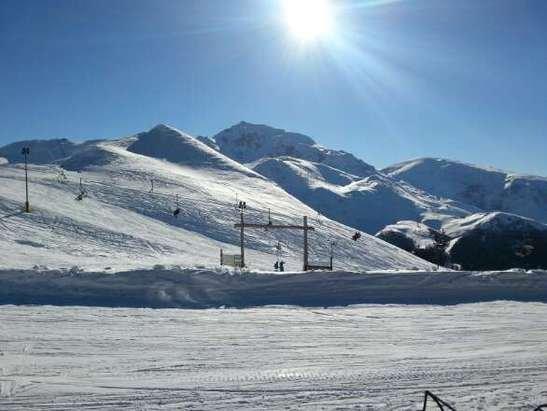 Giovedì 26 febbraio... Giornata studenda e neve molto buona!!!