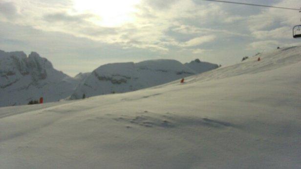 Villard de Lans - impeccable aujourd'hui, très bonne neige en haut.  pas terrible en bas  - © tom