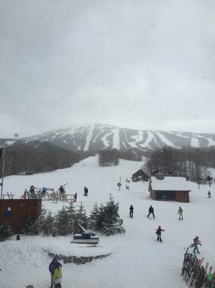 Sugarloaf - Great conditions today. We got about 3-4 inches. Tomorrow it will be very windy though. Nice day. - © Daniel's iPhone
