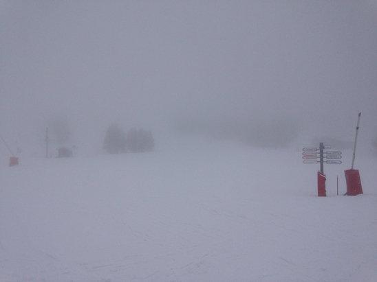 Les Angles - Lots of snow at summit, viability bad, rain at base. - © R Hart's iPhone