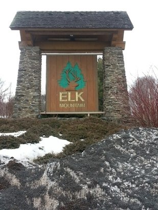 Elk Mountain Ski Resort - Skied Friday 3/27/15 great spring conditions.  Bumps softened up in the afternoon.  Wish they would keep it open later.  Thanks for a great year Elk see you next winter.  - © chris.wagner02