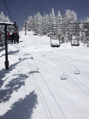 Eldora Mountain Resort - Almost a foot of fresh...April pow day! - © Buff in CO