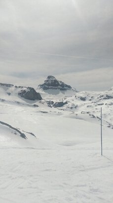 La Pierre St Martin - Firsthand Ski Report - ©celynelliswilliams64