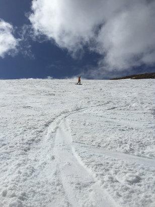 Glencoe - Great spring snow - ©simon's iPhone