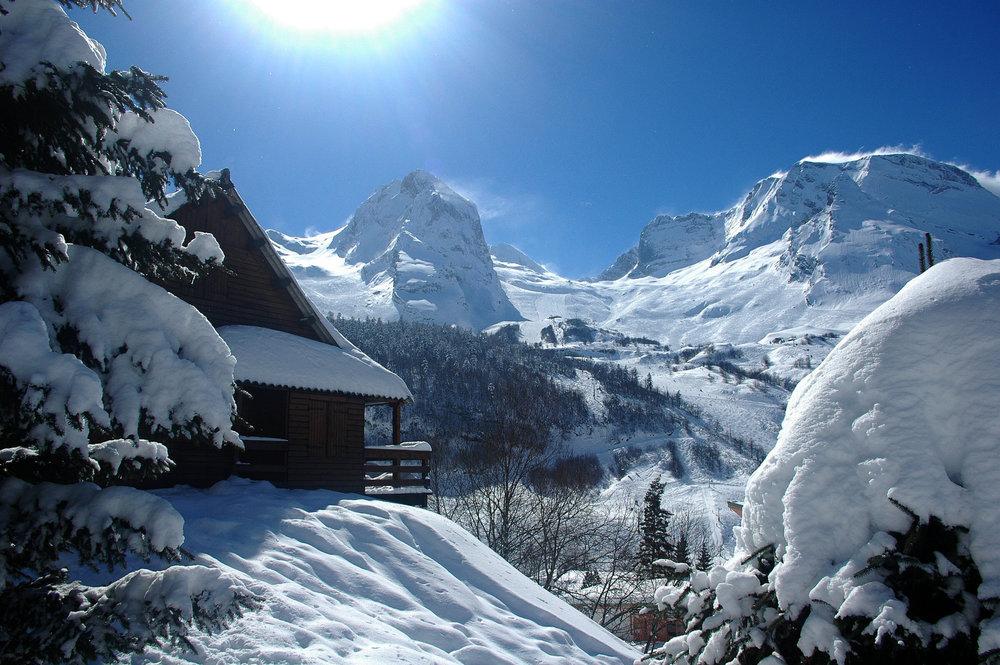 Ambiance hivernale à Gourette - © Office de Tourisme de Gourette